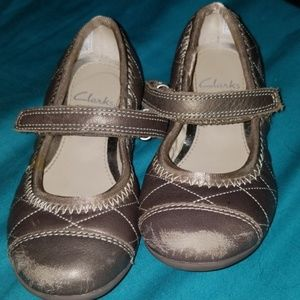 Clark's Gold toddler shoes